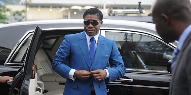 Teodorin chega ao estádio de Malabo para as cerimônias de seu 41º aniversário. 24 de junho de 2013.