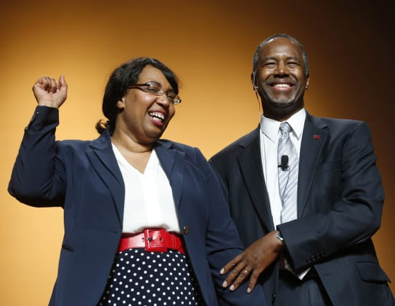 Senator slams Ben Carson over expensive furniture
