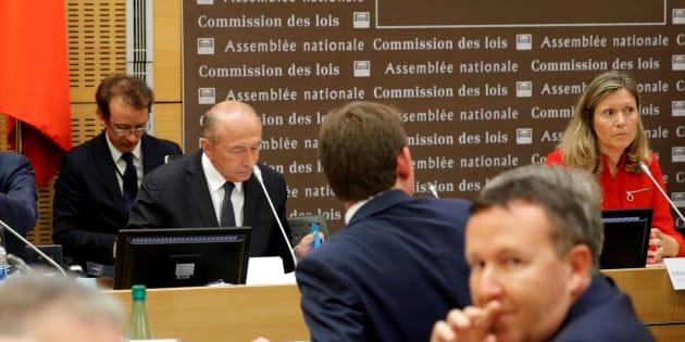 Le ministre de l'Intérieur Gérard Collomb lors de son audition par la Commission d'enquête parlementaire à l'Assemblée nationale sur l'affaire Alexandre Benalla, à Paris, le 23 juillet 2018.