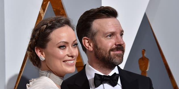 HOLLYWOOD, CA - FEBRUARY 28:  Actors Olivia Wilde (L) and Jason Sudeikis attend the 88th Annual Academy Awards at Hollywood & Highland Center on February 28, 2016 in Hollywood, California.  (Photo by Kevork Djansezian/Getty Images)
