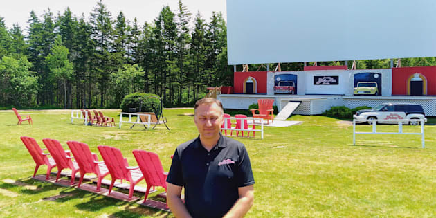 Bob Boyle, owner of the Brackley Drive-In Theatre in Brackley Beach, P.E.I., says a requirement that cinemas screen most Disney releases for a minimum of three weeks is choking out small-town businesses.