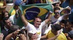 A PM do Rio deu espaço central a Bolsonaro em aula para