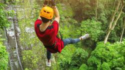 Un touriste canadien est décédé après être tombé d'une tyrolienne en