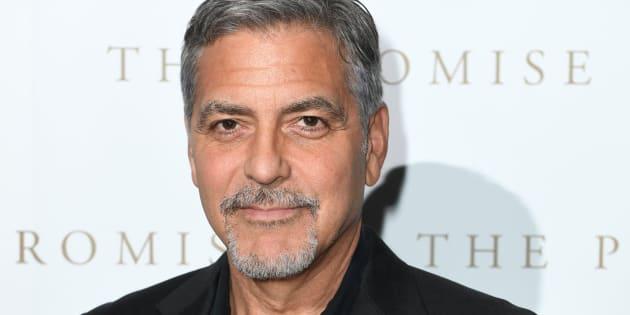 """George Clooney répond aux accusations de complicité de harcèlement d'une actrice d'""""Urgences"""""""