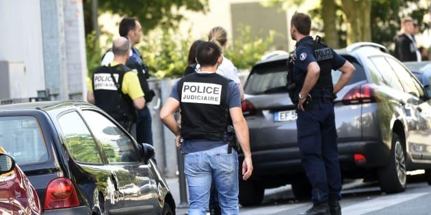 Les dix membres de l'ultradroite soupçonnés de préparer des attentats contre des musulmans mis en examen