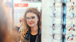 La réforme des complémentaires santé a fait baisser les ventes de lunettes, pas les