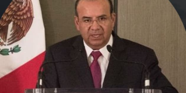 El secretario de Gobernación, Alfonso Navarrete Prida, sufrió un accidente en Pinotepa Nacional, Oaxaca.