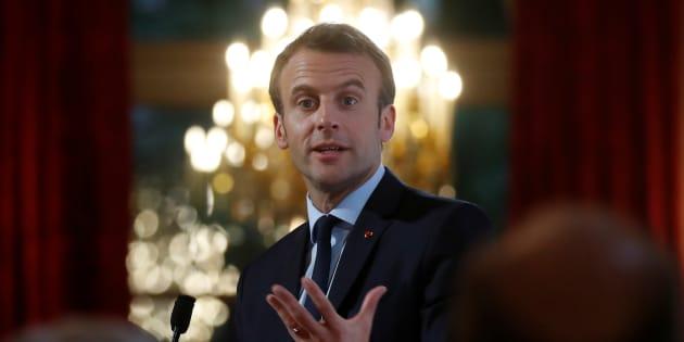 """Macron veut supprimer """"l'exit tax"""" créée par Sarkozy pour limiter l'évasion fiscale."""