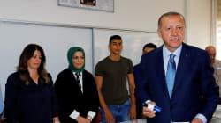 La morsa di Erdogan. Turchia al voto, fermati quattro italiani ai seggi nel sud-est curdo. L'opposizione denuncia