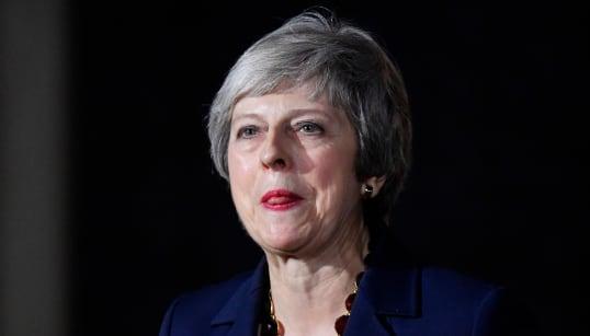 MAY PERDE PEZZI PER L'EUROBREXIT - Se ne vanno in tre: il ministro alla Brexit, quello all'Irlanda del Nord e la ministra al...