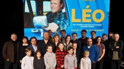 «LÉO»: le joyeux excès de Fabien Cloutier et de sa distribution de