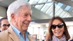 Vargas Llosa, hospitalizado tras una