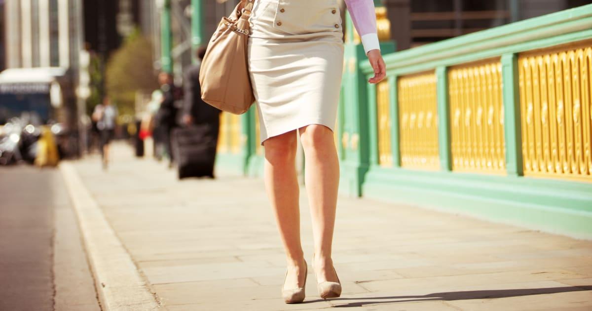 Prendre des photos sous les jupes des femmes est maintenant criminel au  Royaume-Uni  ca564e574c8