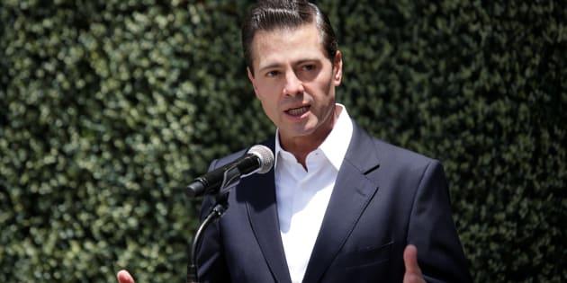 El presidente de México, Enrique Peña Nieto da un mensaje después de asistir a votar durante la elección presidencial el pasado 1 de julio.