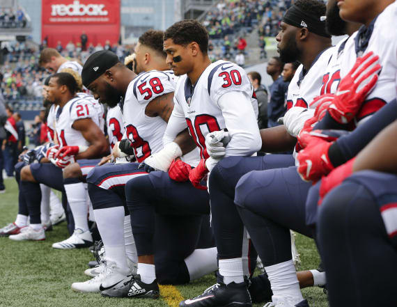 NFL considering 15-yard penalty for anthem protests
