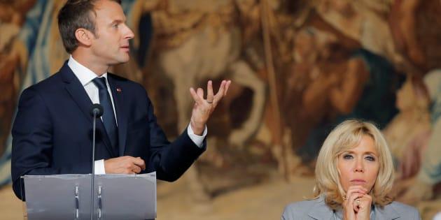 """Ce que les """"Première dame"""" de France nous disent du président et de la France"""