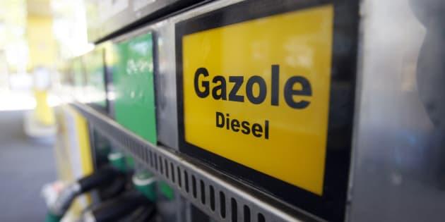 Augmenter la taxe sur le diesel de 10%, encore un matraquage des habitants ruraux.