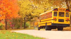 Une adolescente meurt happée par un autobus scolaire à