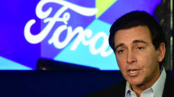 Ford mantiene decisión de mover producción a