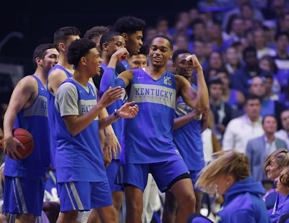 AP college basketball poll shows season is wide open
