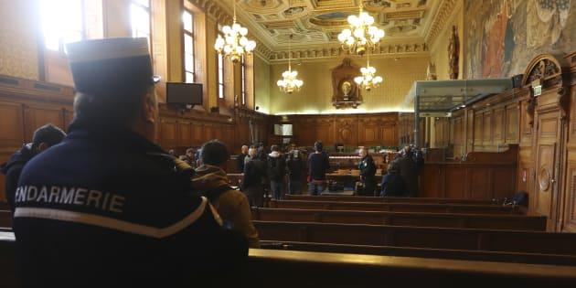 Le procès de vingt hommes, suspectés d'appartenir à lafilièrejihadistedite deCannes-Torcy, s'ouvre ce jeudi 20 avril