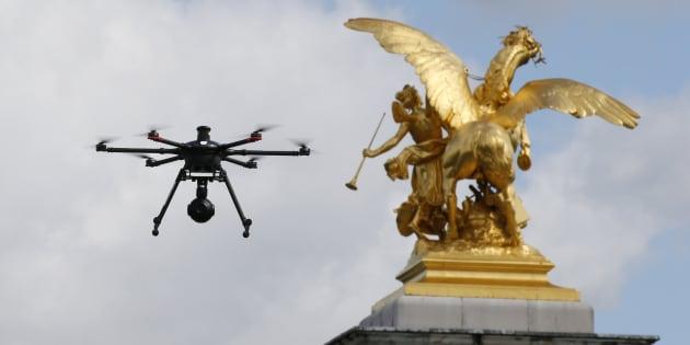 La ministre des Armées Florence Parly annonce l'armement des drones français