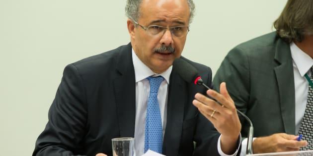 Para o relator da reforma política, Vicente Cândido, o fundo é muito pra quem vai pagar, que é o povo brasileiro, e  pouco pra quem vai receber pelo  atual sistema.