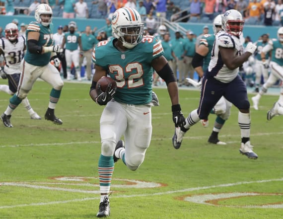 'Miami miracle' sees Dolphins snatch last-gasp win