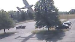 El momento exacto en que una avioneta se estrella contra un