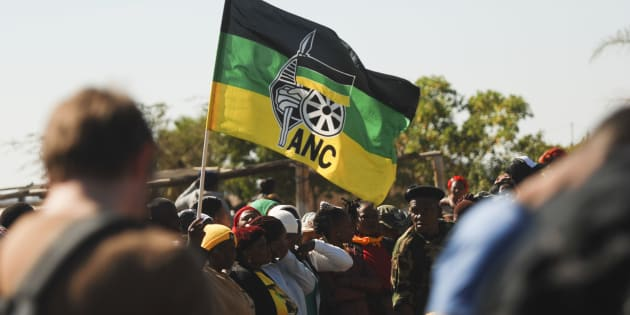 The members who were apparently supporters of ANC provincial chair Phumulo Masualle clashed with delegates who supported outgoing secretary Oscar Mabuyane.