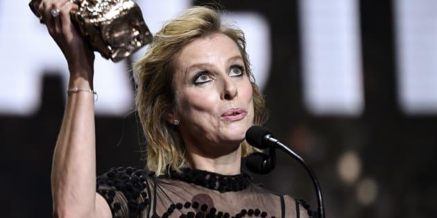 Aux César 2019, Karin Viard très satisfaite d'être honorée de ce prix.