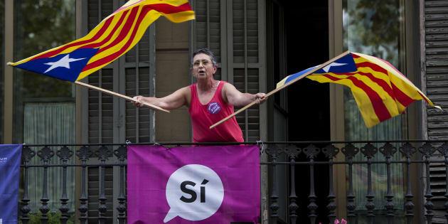 """""""Nous avons tous peur que le référendum catalan dérape"""": l'analyse du HuffPost Espagne."""