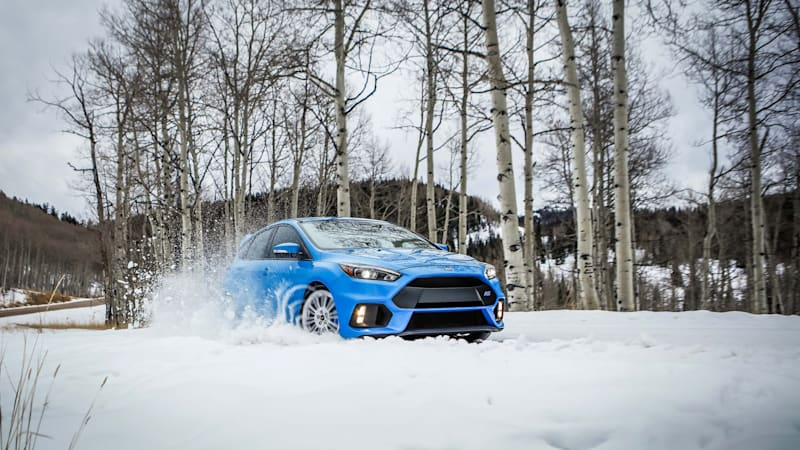 the 2016 ford focus rs will destroy winter with optional snow tires autoblog. Black Bedroom Furniture Sets. Home Design Ideas