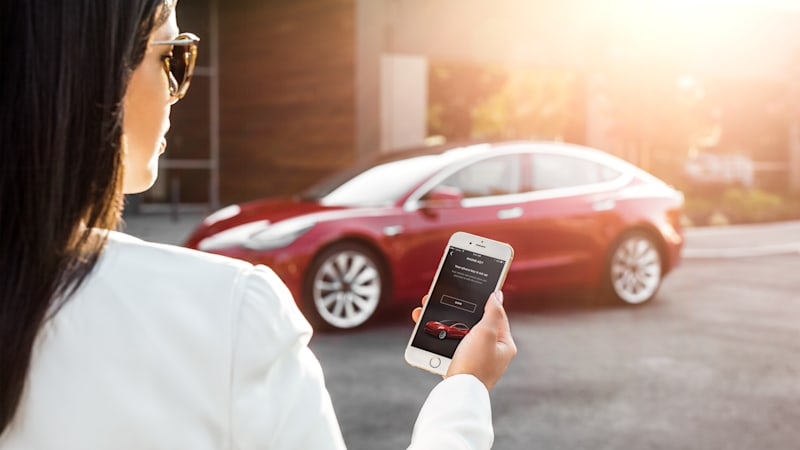 New Tesla features make car sharing easier