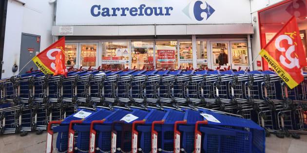 Le gouvernement ne doit pas nous laisser démunis face au plan social de Carrefour qui va appauvrir nos territoires.