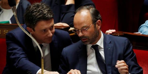 Après qu'Édouard Philippe a annoncé un moratoire sur la hausse de la taxe carbone, Benjamin Griveaux n'a pas exclu un enterrement total si des mesures d'accompagnement ne sont pas trouvées.