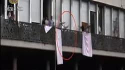 Arrestato il migrante che lanciò bombole del gas contro i poliziotti dal palazzo occupato di piazza