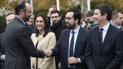 De sondage en remaniement, la Macronie parisienne garde les yeux rivés sur les