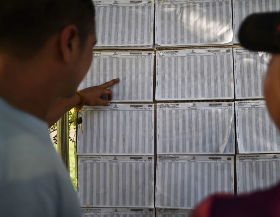 Colombians vote in high-stakes presidential election