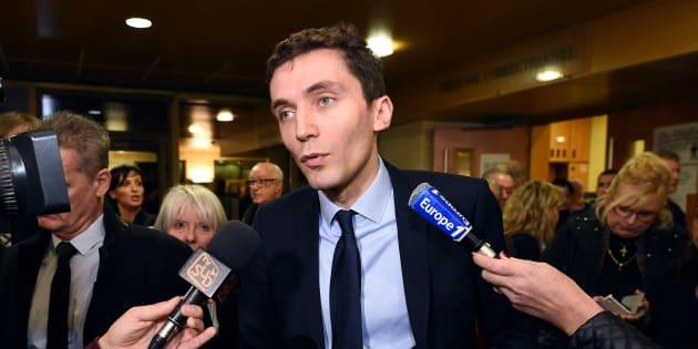 """Astérix, apartheid et """"grand remplacement"""": le maire FN Julien Sanchez justifie la fin des menus sans porc"""