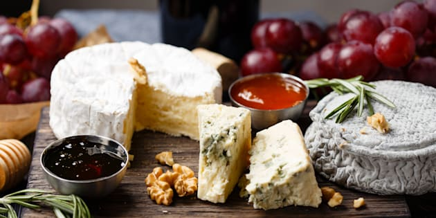 & How To Make The Cheese Platter Of Your Dreams