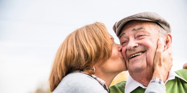 A new study finds that a positive outlook may increase longevity.