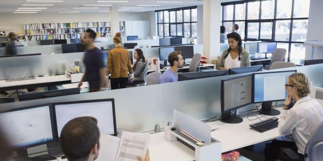 Les services de ressources humaines sont tenus de repenser leurs modèles de rétention pour que leurs employés se stabilisent et n'envisagent pas d'être «hameçonnés» par les concurrents.