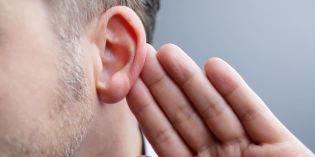 Un lien entre la maladie d'Alzheimer et la perte d'audition? Il existe mais c'est plus compliqué que cela.