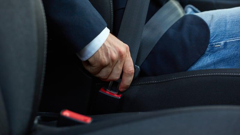 seat belts use
