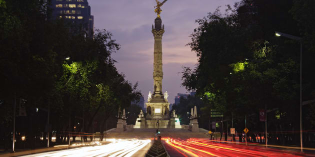Traffic on Street, Paseo de la Reforma, Mexico City, Mexico