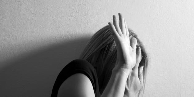 21enne picchiata e violentata in strada a Firenze