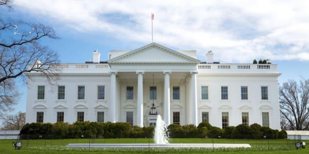 la maison blanche confin e apr s une alerte au colis suspect. Black Bedroom Furniture Sets. Home Design Ideas