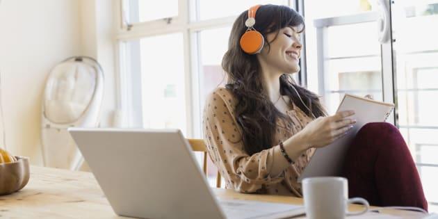 Les 3 bienfaits de la musique au travail.