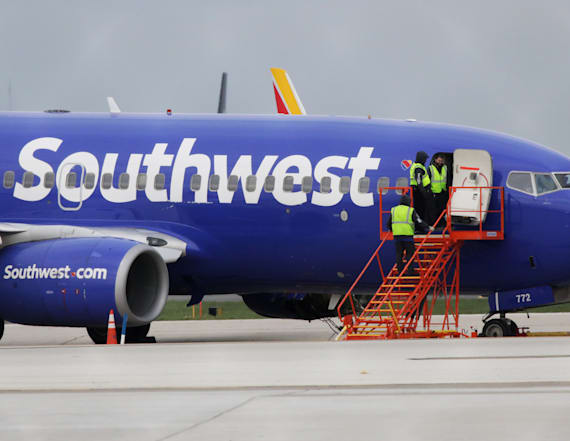 Southwest cancels US flights as it inspects engines
